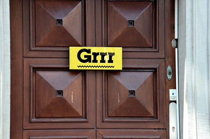 Namensschilder: Auch Privatvermieter gefordert